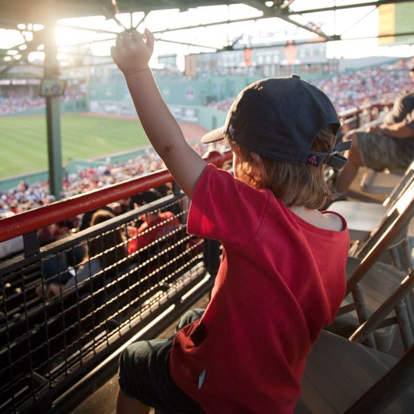 boston-kids-fenway-park
