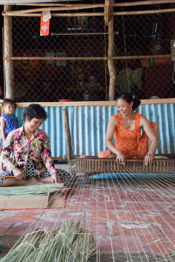 mekong_cruise_vietnam_kids_21