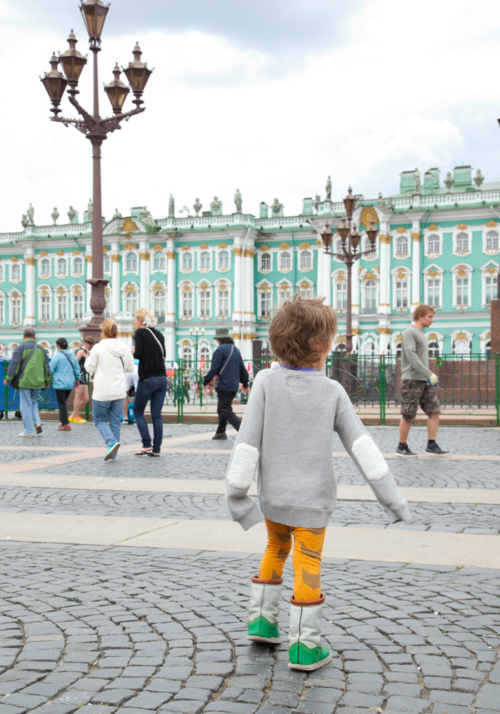 st-petersburg-travel-russia-with-kids-hermitage_2