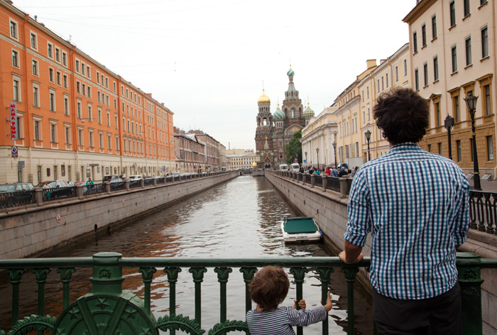 st-petersburg-travel-russia-with-kids